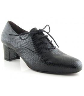 Zapatos de cordones en serpiente negra