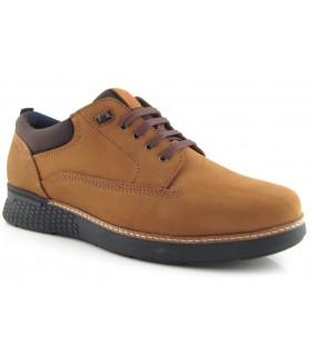 Zapato en nobuck de color cuero