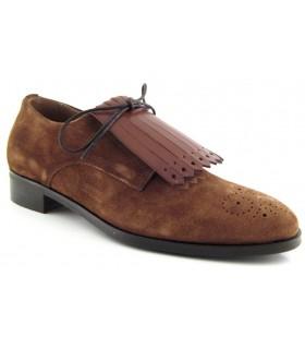 Zapato en velour con flecos
