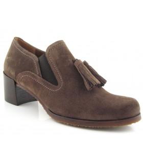 Zapato mocasín con borlas