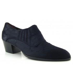 Zapato en potro negro