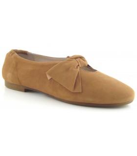 Zapatos de color cuero fabricados en ante