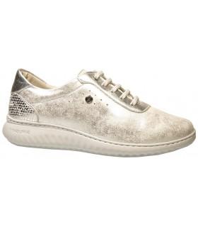 Zapatos para mujer en acabado metalizado plata