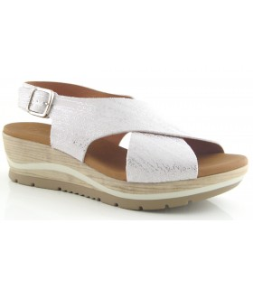 Sandalia para mujer en blanco metalizado