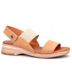 Sandalia con elástico en color camel
