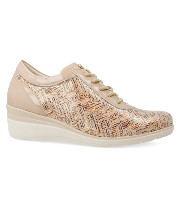 Zapatos con cordones en color beige