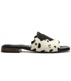 Sandalia para mujer estampado vaca