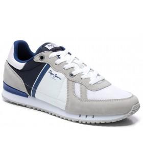 Deportivo blanco combinado con azul