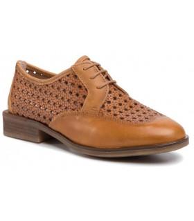 Zapato calado de color cuero