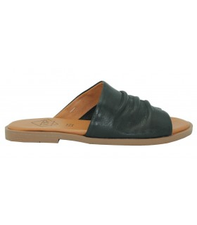 Sandalia para mujer en color negro