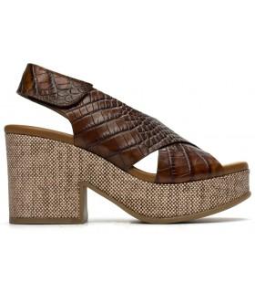 Sandalia con plataforma en coco cuero