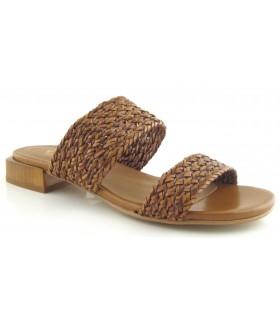 Sandalia para mujer con el corte trenzado
