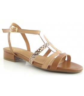 Sandalia de color cuero para mujer