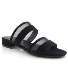 Sandalia negra fabricada en ante