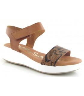Sandalia de color cuero