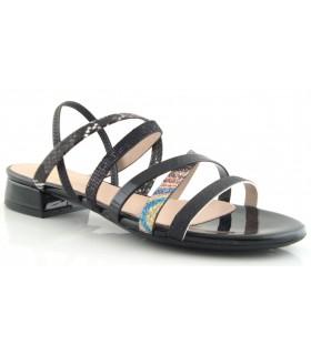 Sandalia combinada de color negro