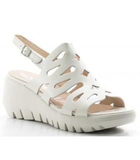 Sandalia de plataforma en color blanco