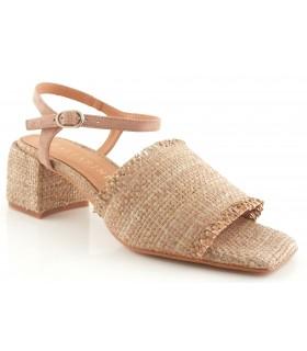 Sandalia de rafia natural