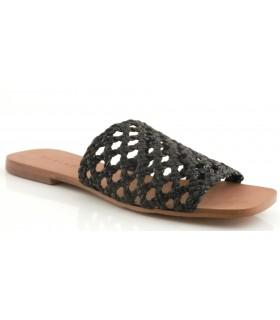 Sandalia para mujer con piel trenzada