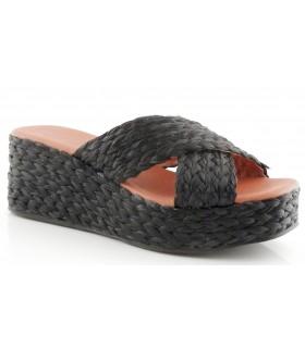 Sandalia de rafia con plataforma