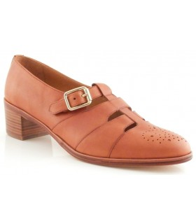 Zapato con hebilla en piel cuero