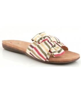 Sandalia con tejido de colores