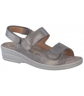 Sandalia con velcro en color bronce