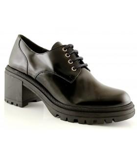 Zapatos de cordones con tacón