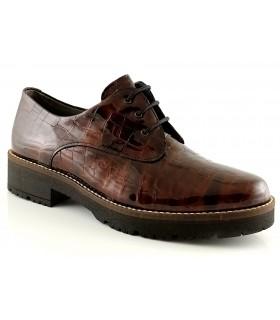 Zapatos con cordones en coco marrón