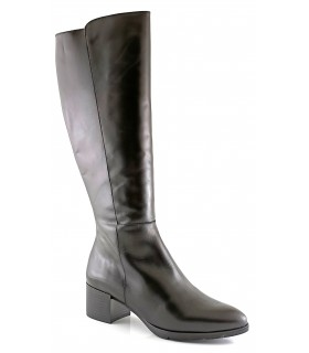 Botas de caña alta en color negro