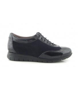 Zapato de cordones en color negro