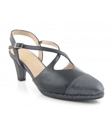 Zapato negro de vestir de ancho especial