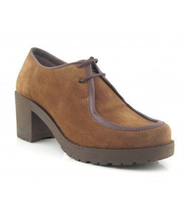 Zapatos wallabee color camel