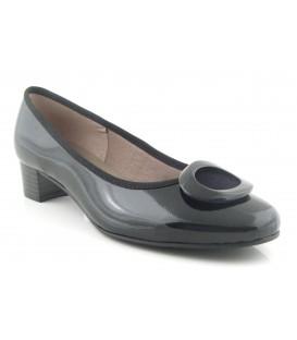 Zapato mujer adorno negro