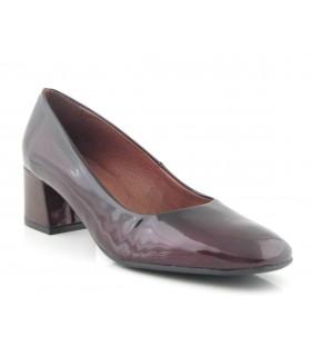 Zapato salón charol burdeos