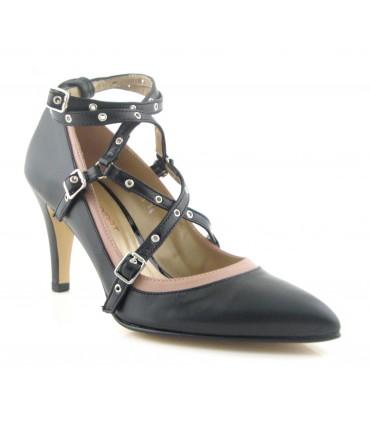 Zapatos de vestir con hebillas