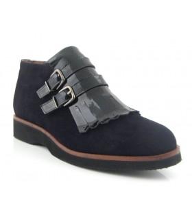 Zapato abotinado dos hebillas y flecos