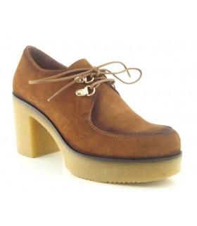 Zapato abotinado estilo wallabee