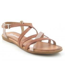 Sandalia de tiras color cuero