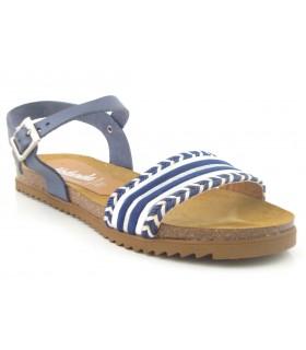 Sandalia con hebilla color marino
