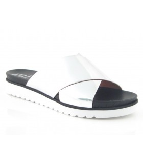 Sandalia para mujer color plata