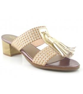 Sandalia de tacón con fleco