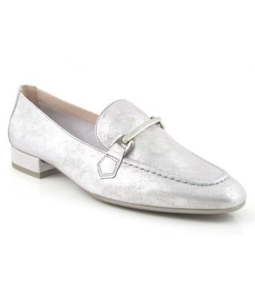 Zapato metalizado plata con estribo