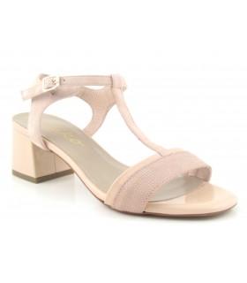 Sandalia de tacón en color nude
