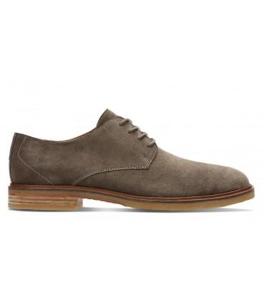 Zapato de cordones en suede oliva