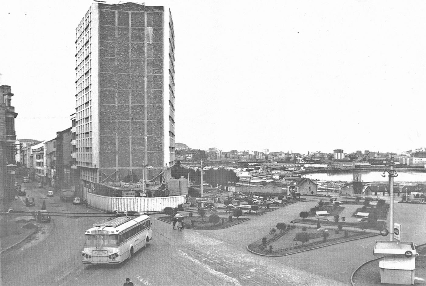 Avenida de Oza foto antigua