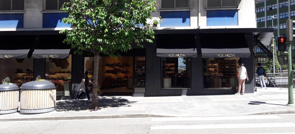 Avenida de Oza nueva imagen de tienda